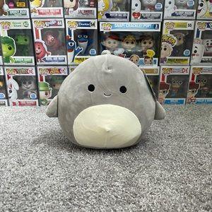 "Gordon the Shark 8"" Squishmallow"